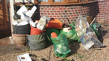 garden clearances and rubbish removal portsmouth - illustration